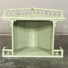 Antique Painted Italian Belle Epoque Corner Wall Shelf