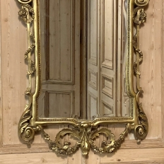 19th Century Italian Neoclassical Carved Giltwood Mirror