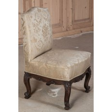 Antique Italian Hand Carved Walnut Bodoire Chair with Silk Upholstery