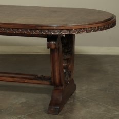 Italian Neoclassic Oval Walnut Dining Table