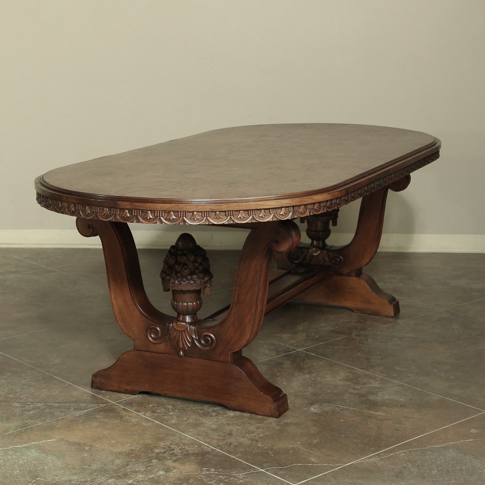 Italian Walnut Dining Table Antique Tables Dining Kitchen Tables Inessa Stewarts Antiques