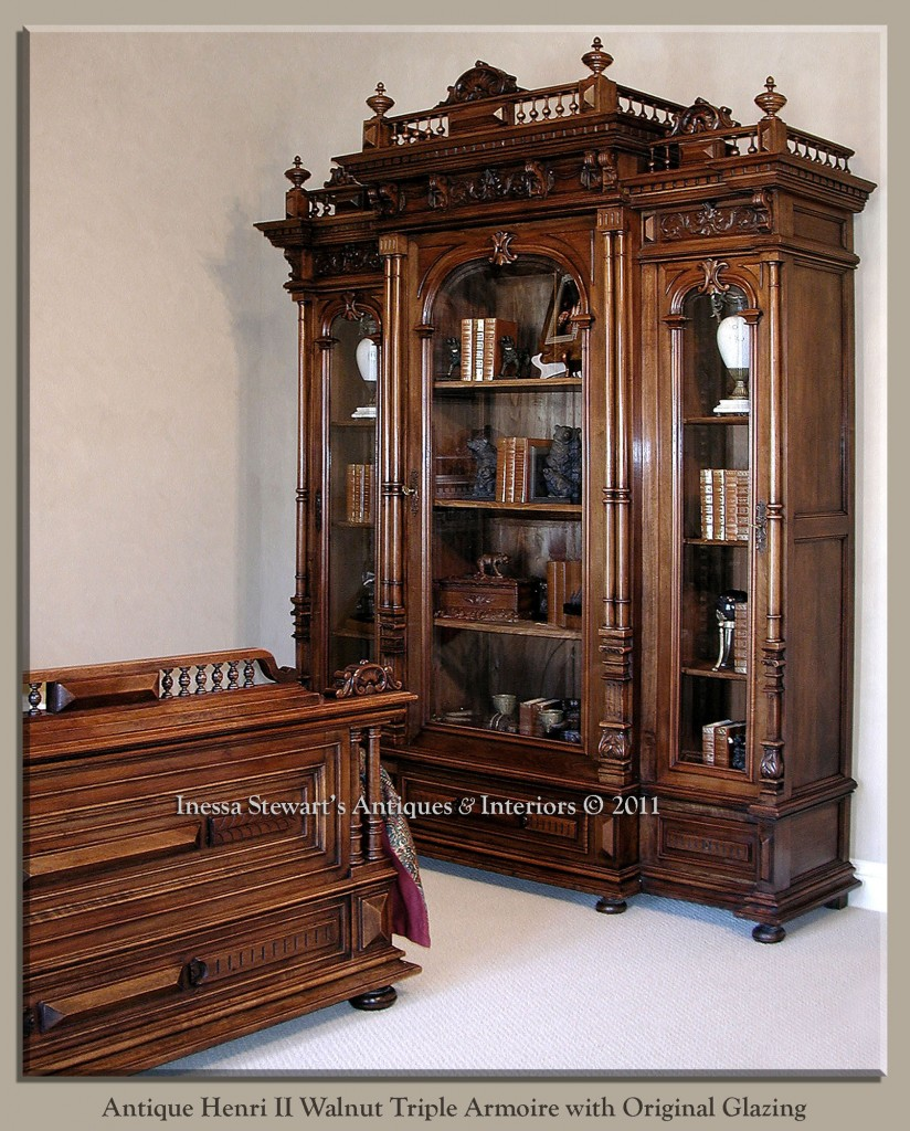 antique armoires eternally stylish antiques in style. Black Bedroom Furniture Sets. Home Design Ideas