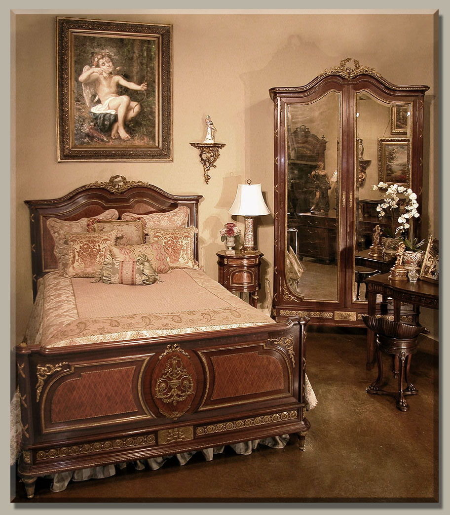 Antique French Louis XVI Mahogany & Marquetry Bedroom Suite - Decorating & Design Inspiration Antiques In Style - Page 14