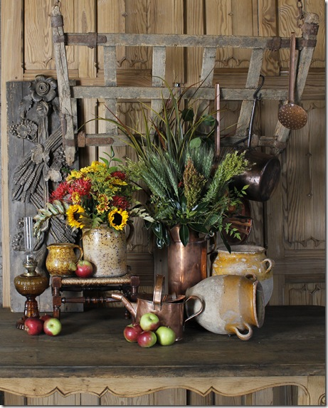 Decorating With Antiques: Decorating For Fall With Antique Accessories