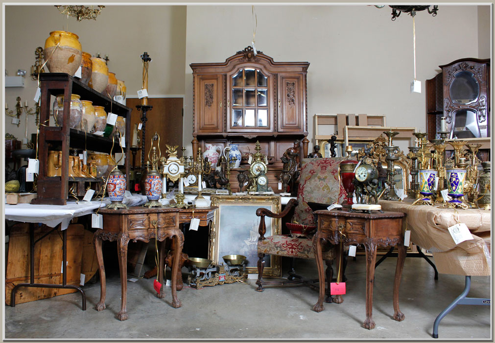 Antique Accessories and Furniture New Arrivals - Holiday Splendor And A New Antique Shipment! Antiques In Style