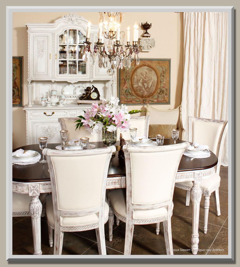Antique Dining Room: Spring Showroom Update