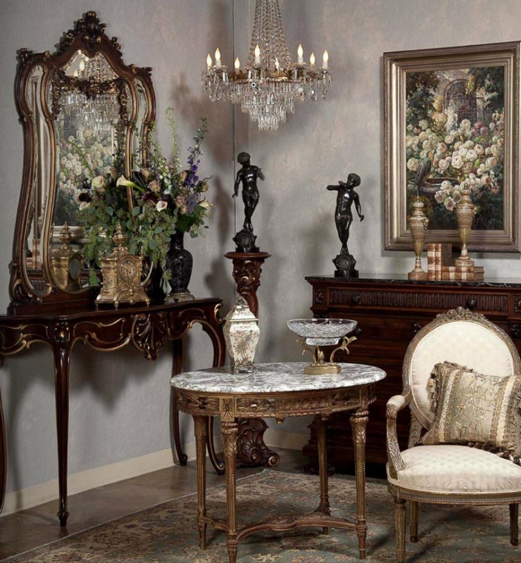 antiques in style mirrors reflections of beauty antiques in style. Black Bedroom Furniture Sets. Home Design Ideas
